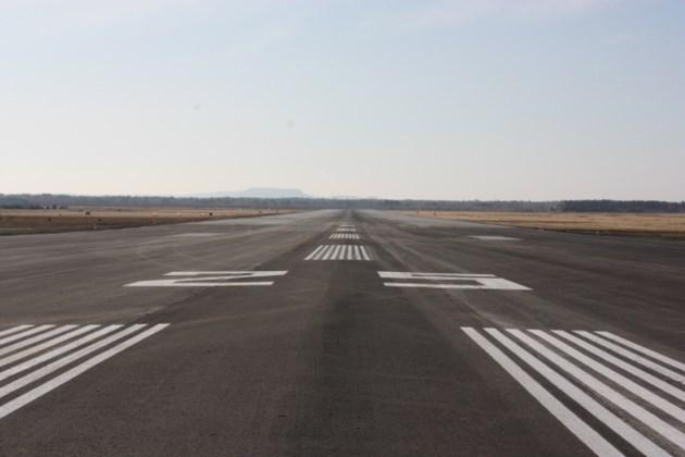 runway 25 thunder bay reviews