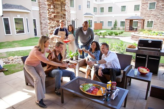 staybridge suites toronto markham reviews