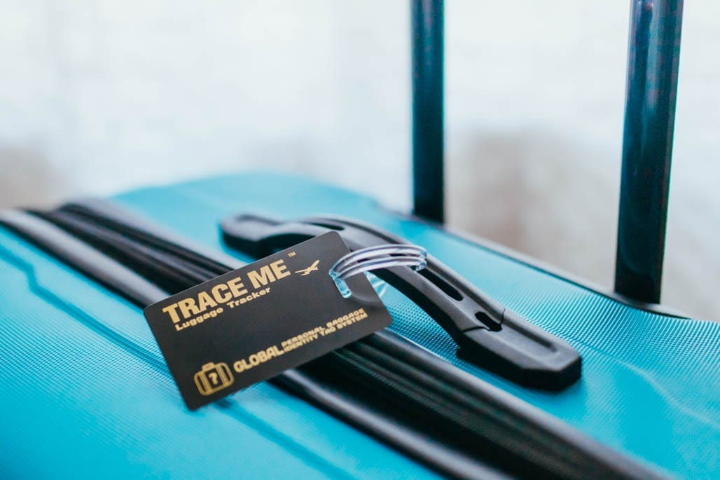 trace me luggage tracker review