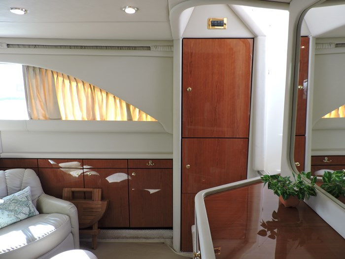 sea ray 380 aft cabin review